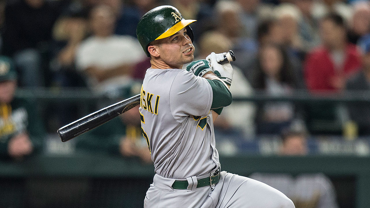 Back from injury, Smolinski vies for last roster spot