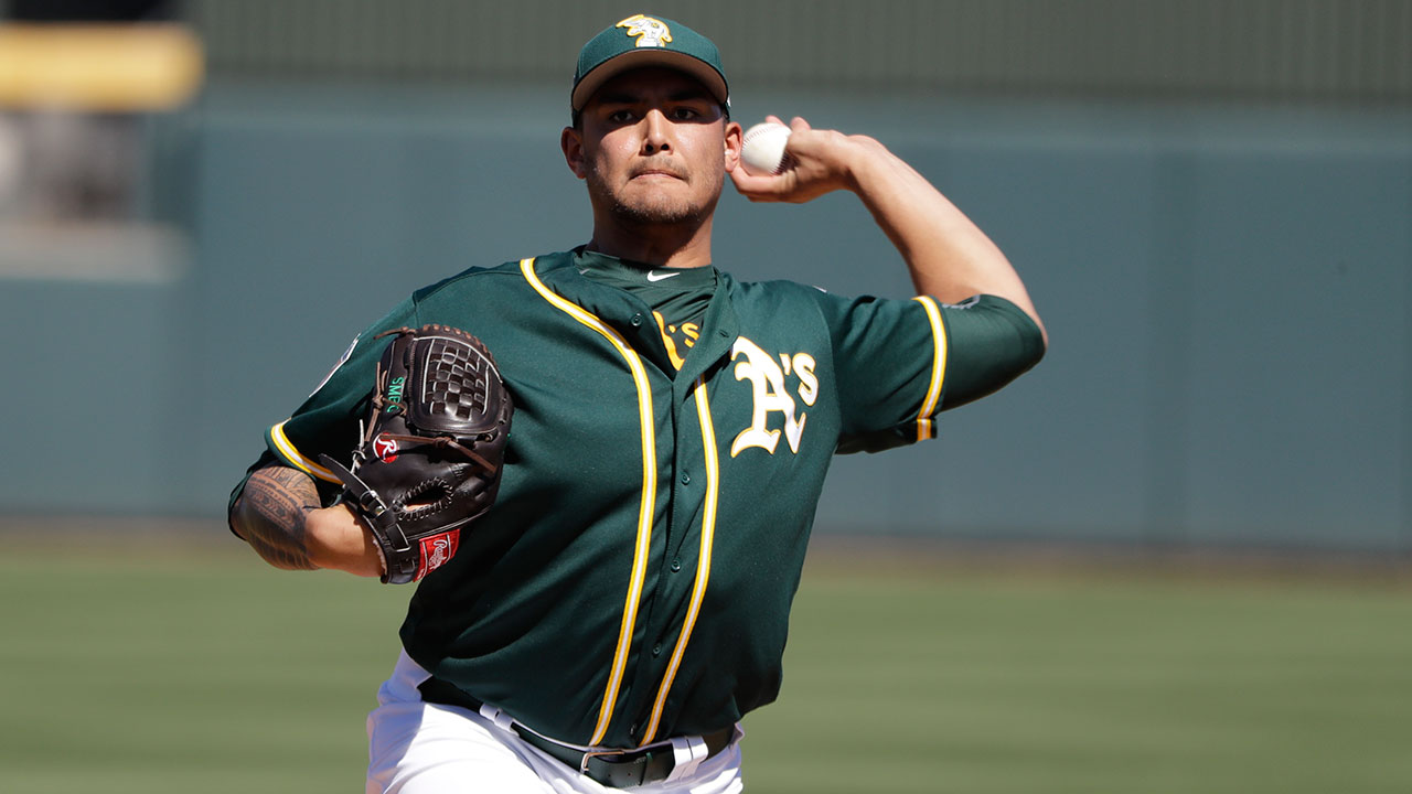 Manaea throws 3 2/3 scoreless; Doolittle debuts